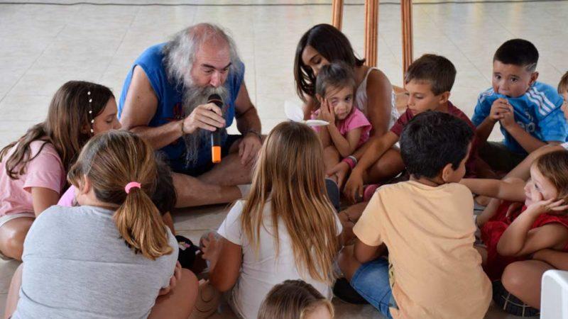 Atrapantes narraciones de Roberto Moscoloni
