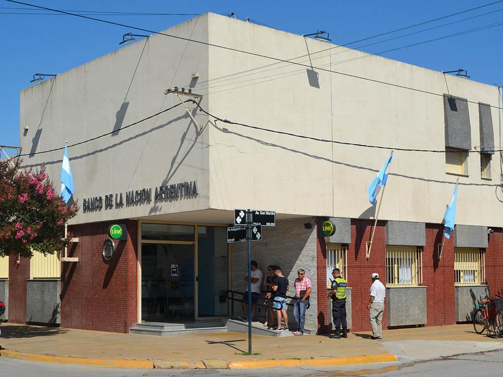 Banco Nación ofrece terminales posnet para evitar el manejo de efectivo