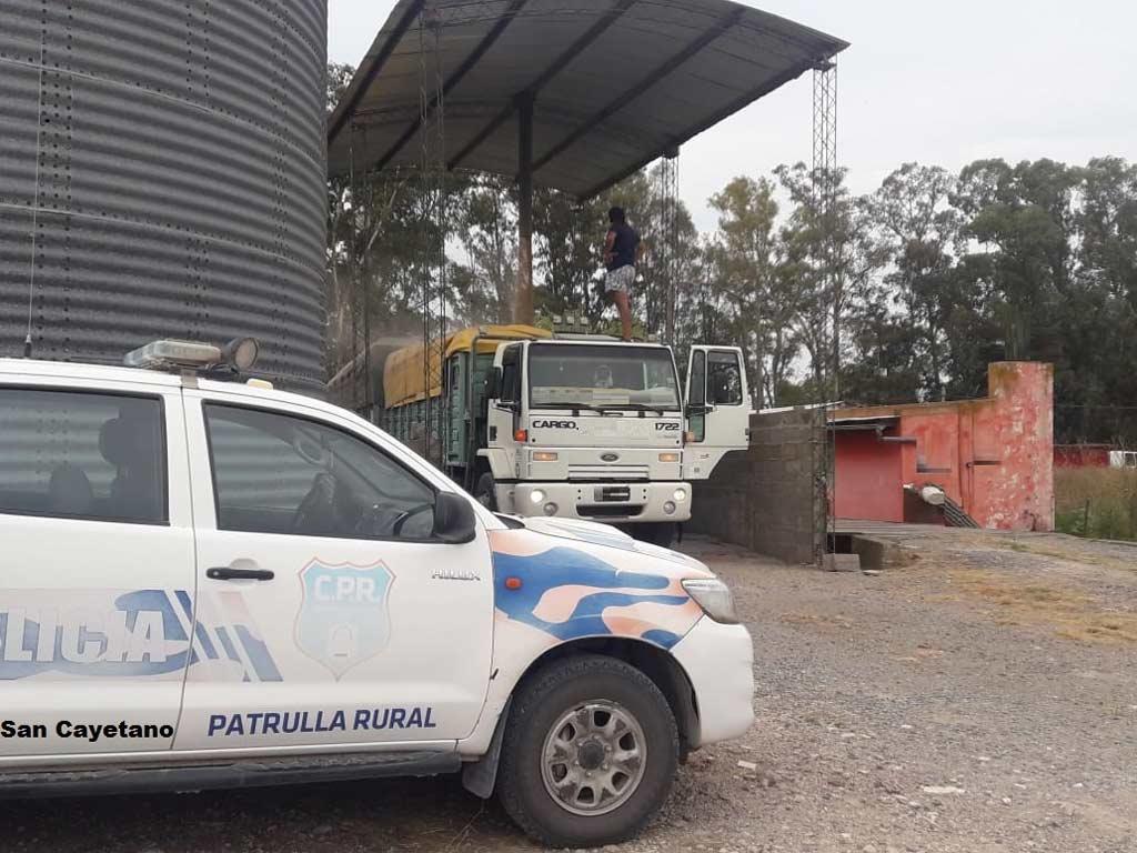 Patrulla Rural de San Cayetano esclarece millonario robo de cereal en campo de la zona