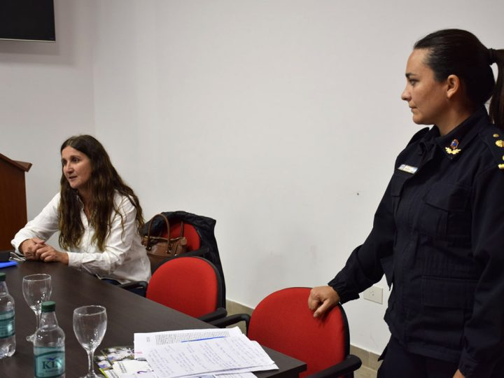 La Policía de San Cayetano recibió capacitación en materia de violencia familiar y de género