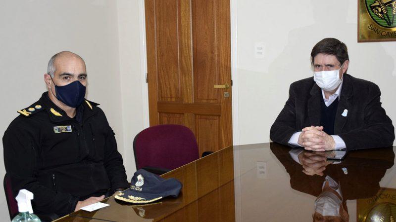El Superintendente Regional de Policía visitó San Cayetano