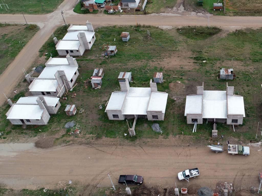 Adquisición de diversos materiales para el Barrio «15 viviendas»