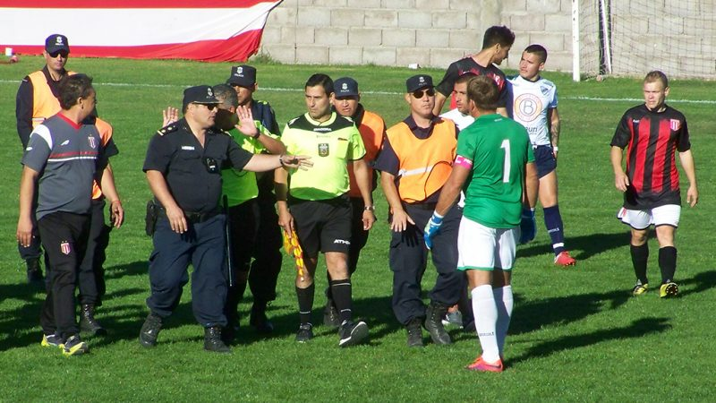 La Liga Necochea le levantó la sanción a Darío Aranguren