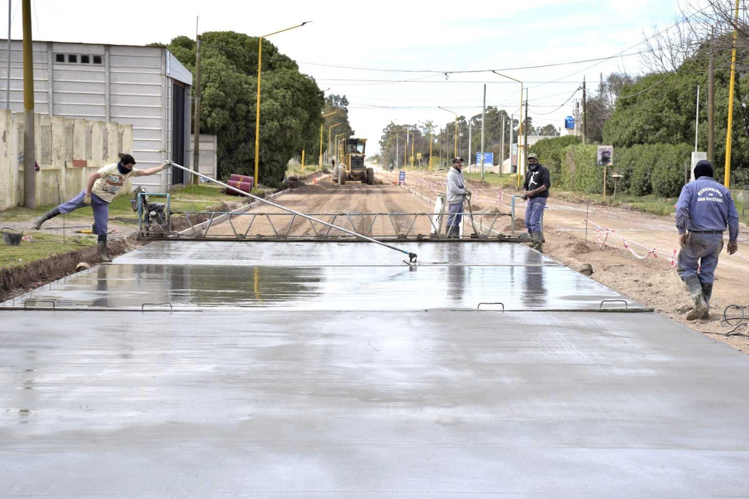 Avanza la obra de pavimento urbano