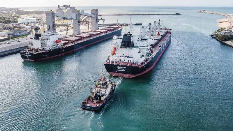Puerto Quequén multiplica el flujo de cargas y la rotación de buques